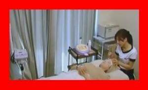 有吉反省会出演の江利奈(松井絵里奈)は自宅マンションでエステ開設