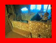 クレイジージャーニーで鍵井靖章さんが撮影したチュークの富士川丸の浴室